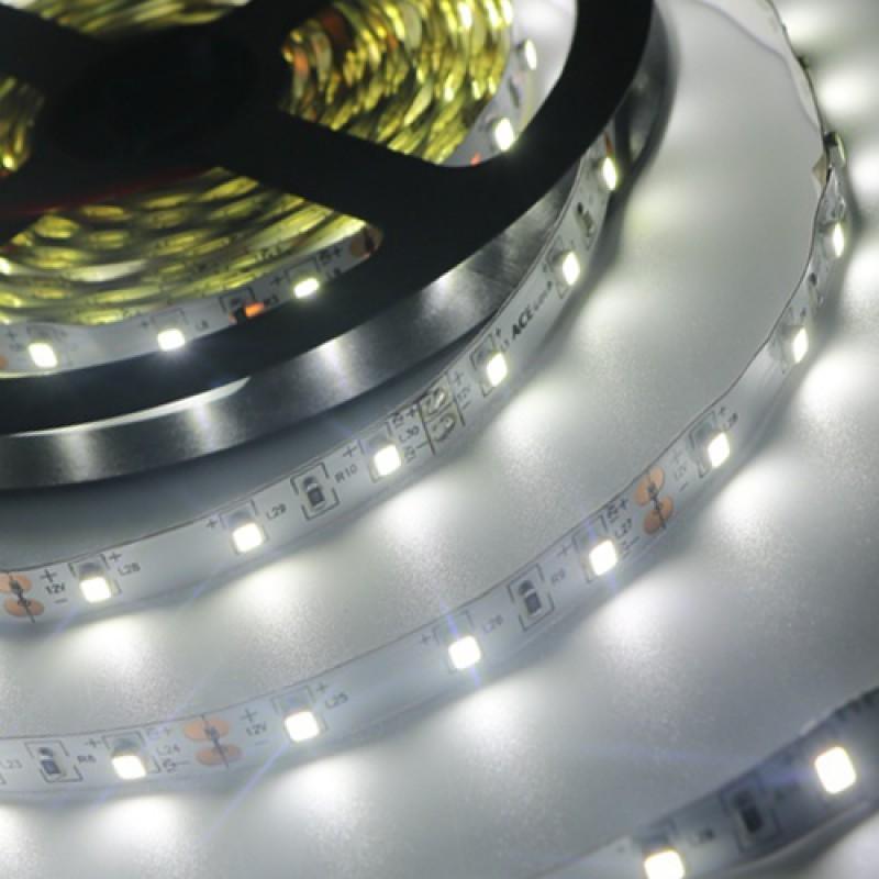 Светодиодная лента SmartBuy  5M холодный белый 4,8W 2835SMD 60LED/m (SBL-IP20-4.8-CW)