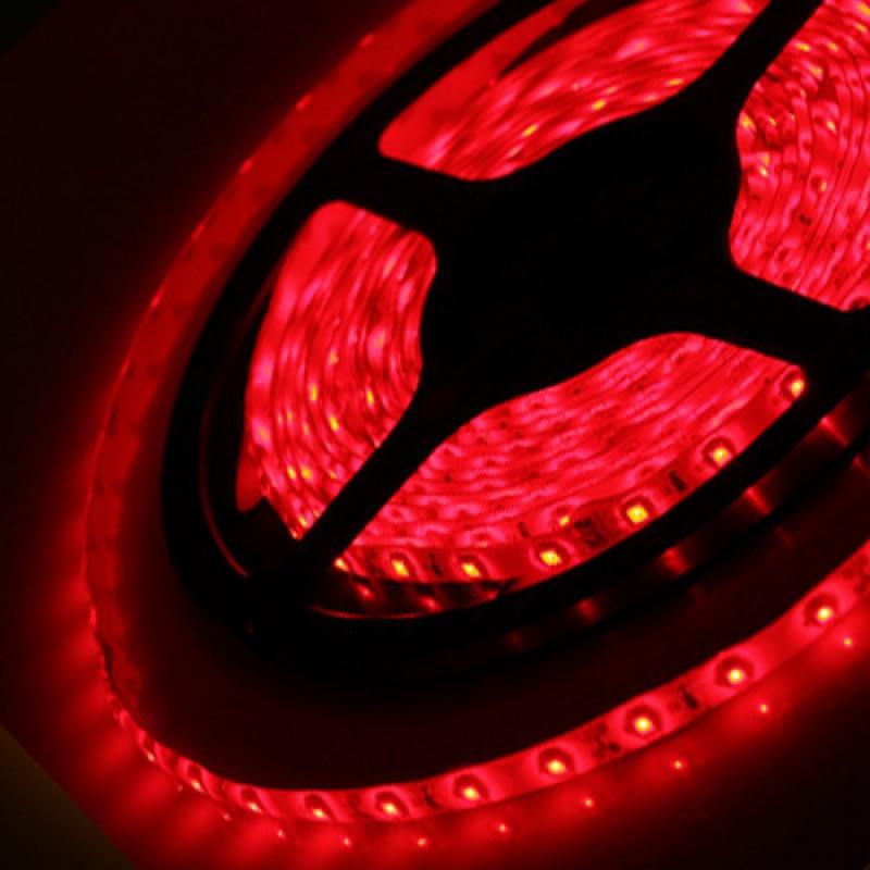 Светодиодная лента Horoz Electric 5M красная 4,8W 3528SMD 60LED/m (081-002-00015)
